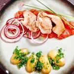 Kwartel met rabarberchutney en rode ui