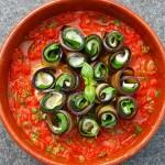 100e recept: Auberginerolletjes met mozzarella