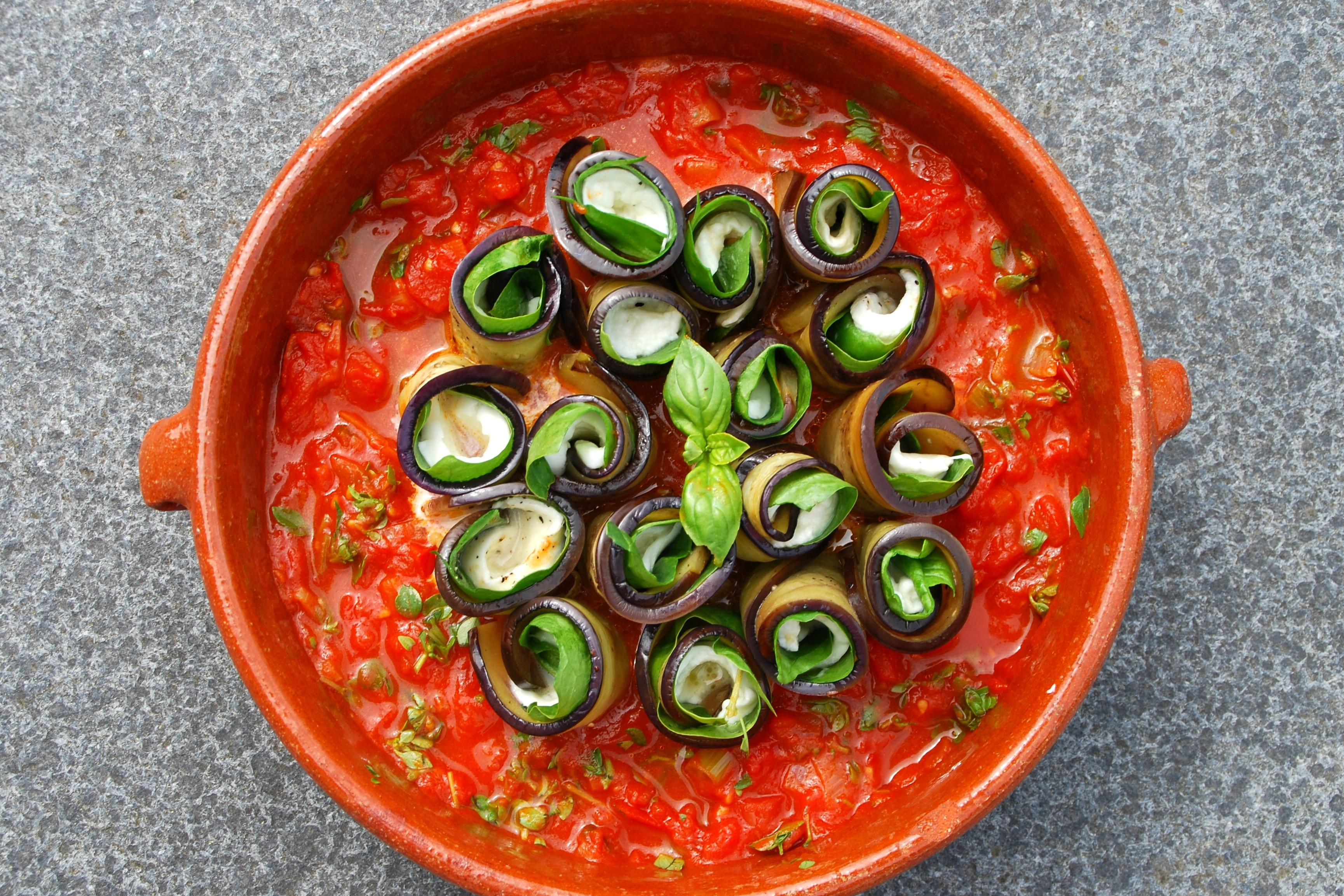Auberginerolletjes met mozzarella - www.truitjeroermeniet.be