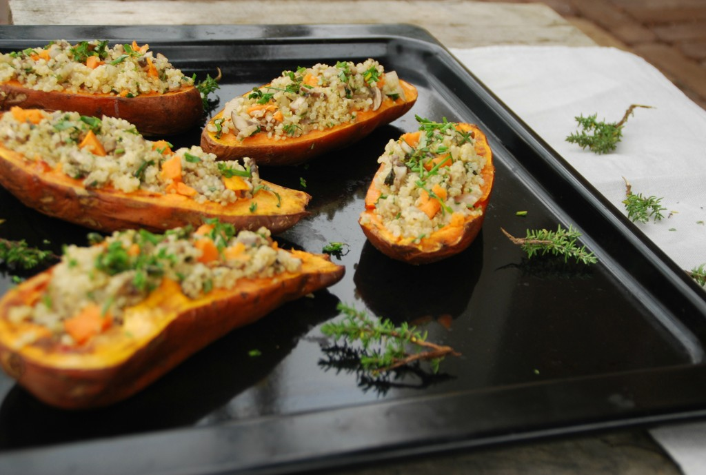 Ovengebakken zoete aardappel gevuld met quinoa - www.truitjeroermeniet.be