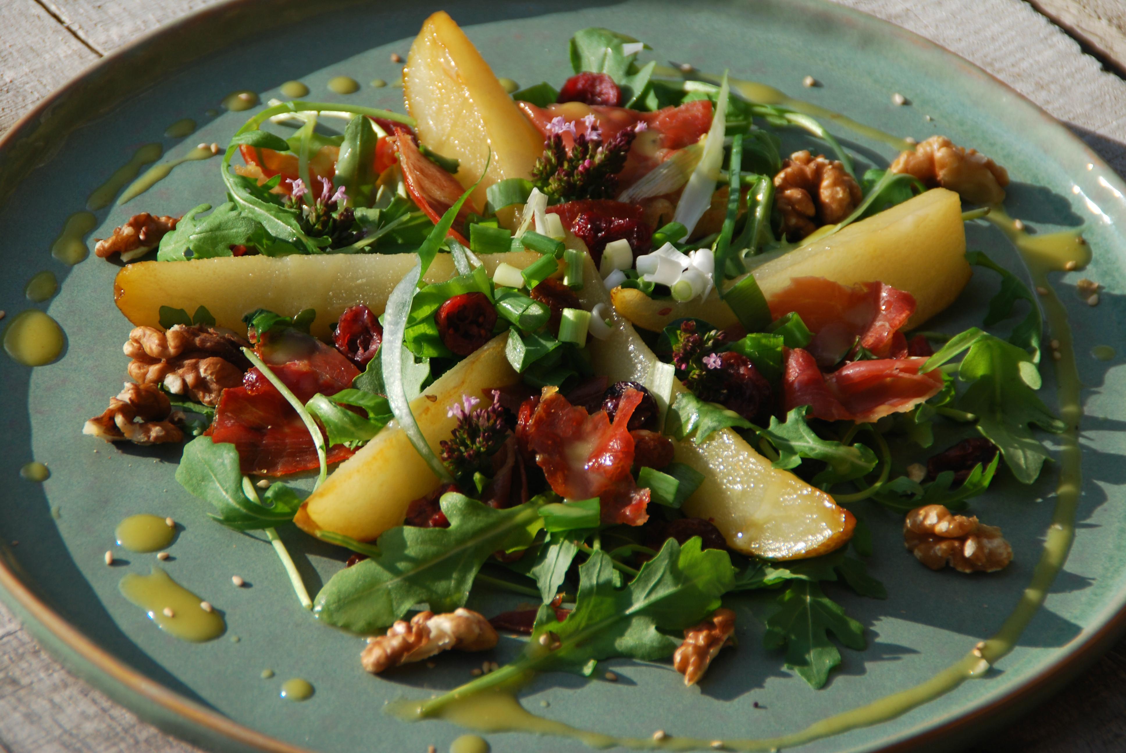 Salade met peer en serranoham - www.truitjeroermeniet.be