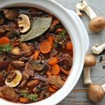 Kalkoenstoofpotje met wortelen en champignons