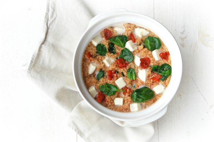 Quinoaovenschotel met spinazie en mozzarella - www.truitjeroermeniet.be