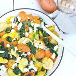 Ovengeroosterde groenten met spinazie en feta