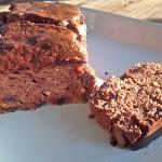 Een gezonde chocoladecake met sinaasappelzeste (zonder bloem, zonder suiker)